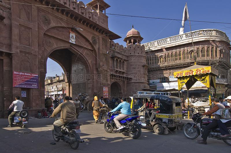 Trafiic waits for its turn to go through the gate to the Old City and the Purana Bazaar.