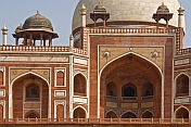 Detail of stonework and design of Humayun's Tomb.