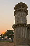 A tower on the Itimad-Ud-Dajlah - the tomb of Mizra Ghiyas Beg at sunset.