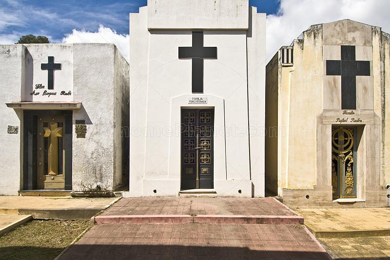 Mausoleums in the Cemetery of Santa Cruz.