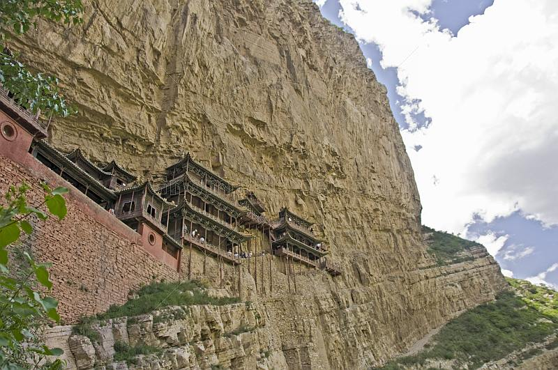 The Hanging Buddhist monastery and Jinlong Canyon.